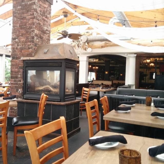 Washington Avenue Grill, White Rock, BC