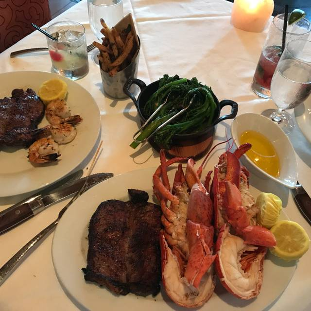 Council Oak Steaks & Seafood at Seminole Hard Rock Hotel & Casino Hollywood Florida, Hollywood, FL