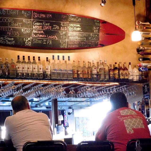 Hangout Too Southern Bar Grill Huntington Beach Ca