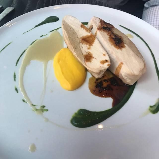 Volver - Dinner, Philadelphia, PA