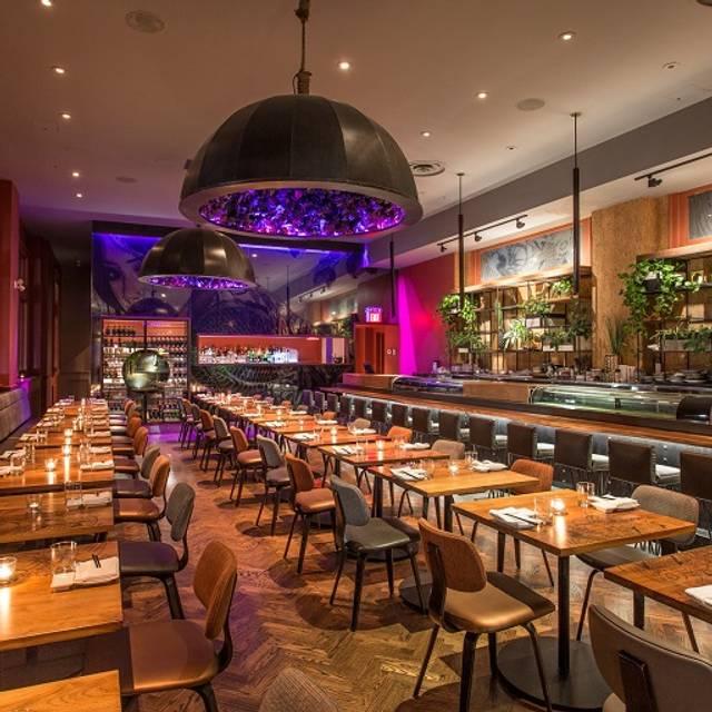 Blofish - Blowfish Restaurant + Sake Bar, Toronto, ON