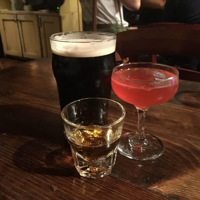 The Field Authentic Irish Pub & Restaurant, San Diego, CA