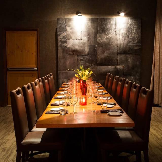 Michael Jordan S Restaurant Oak Brook Il
