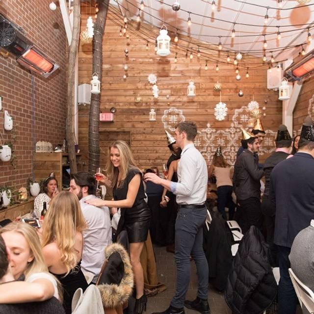 Bar Reyna, Toronto, ON