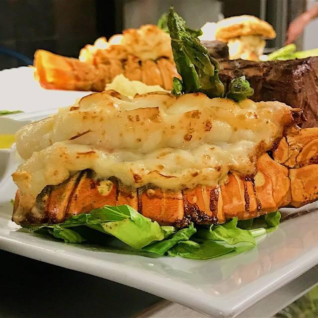 Garlic Prime Steak & Seafood, Stroudsburg, PA