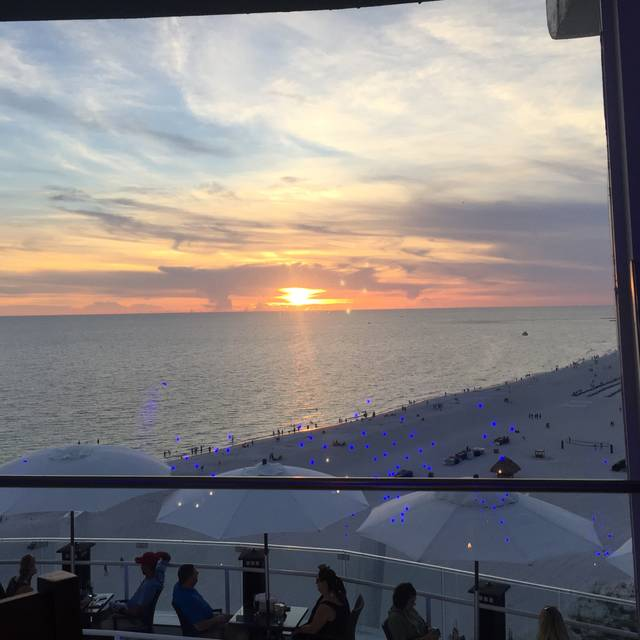 Spinners Rooftop Revolving Bistro & Lounge @ Grand Plaza Hotel-St Pete Beach, St. Pete Beach, FL