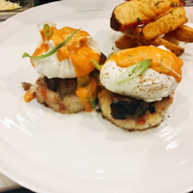 EatNic - Urban Farmhouse Eatery & BYOB, Paoli, PA