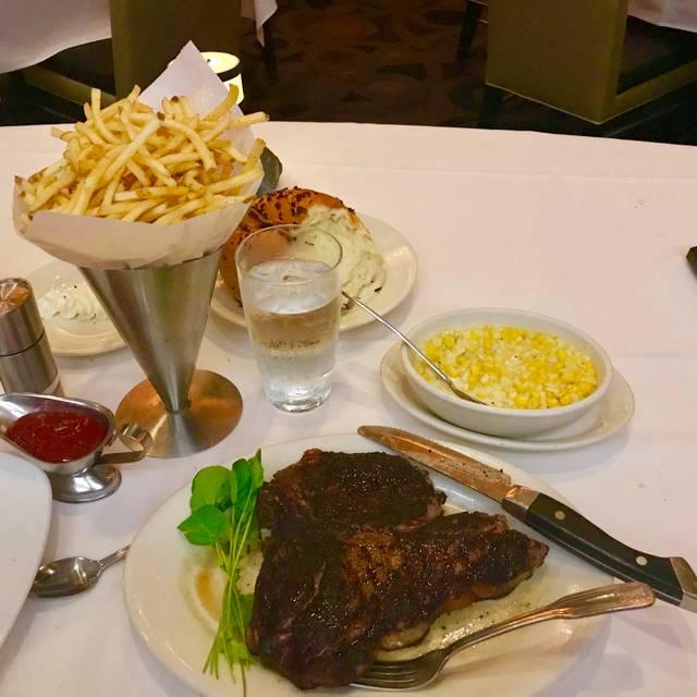 Morton's The Steakhouse - Dallas, Dallas, TX
