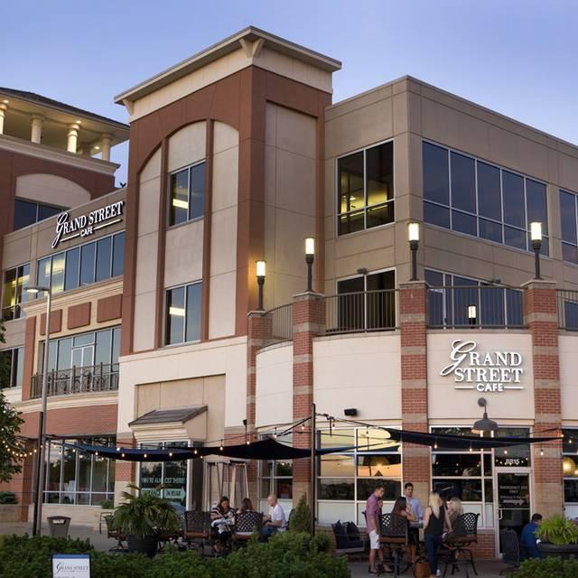 Grand Street - Lenexa, Lenexa, KS