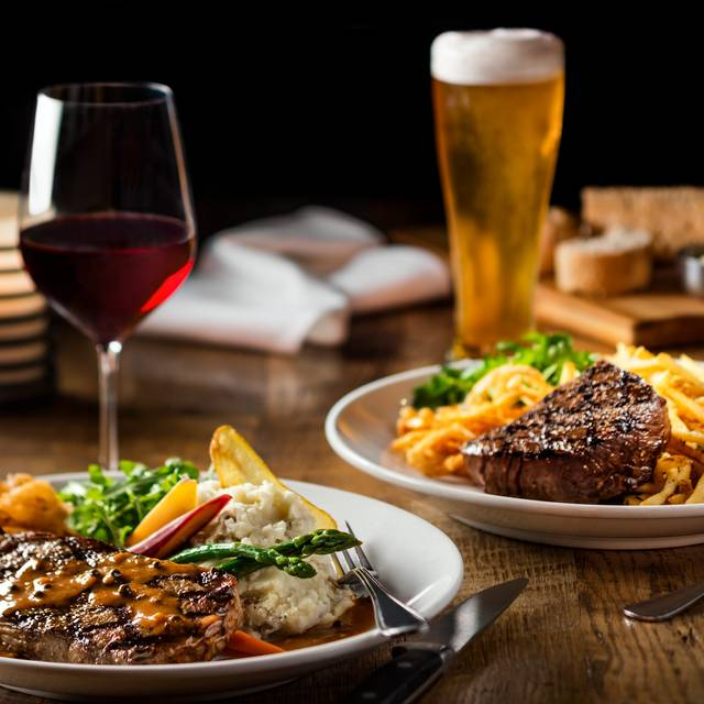Dinner for Two - Canyon Creek - Square One, Mississauga, ON