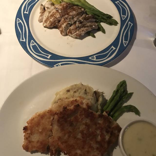 Real seafood company naples naples naples miami for Agave naples