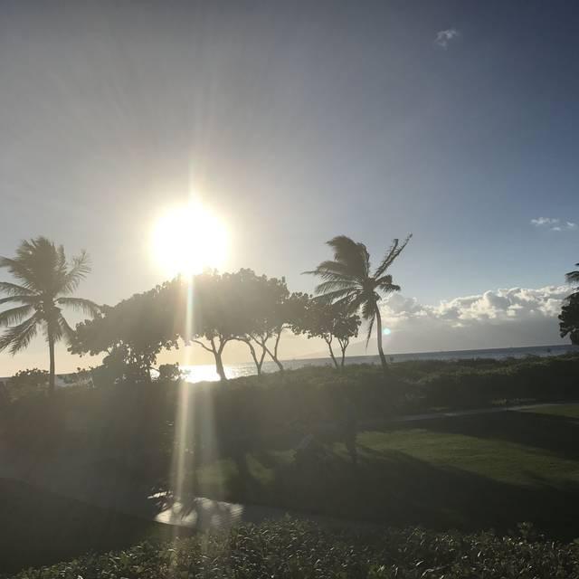 Duke's Beach House Maui, Lahaina, HI