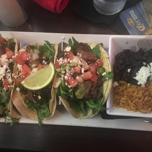 Zocalo Mexican Cuisine & Tequileria, Kansas City, MO