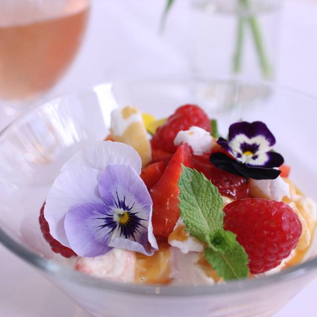 Eton Mess - Refuel at The Soho Hotel – Bar & Restaurant, London