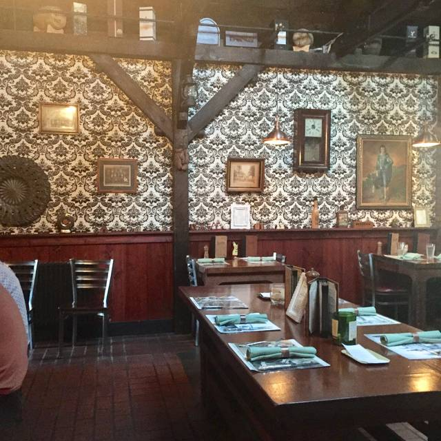 Carmella's Plates and Pints, Pittsburgh, PA