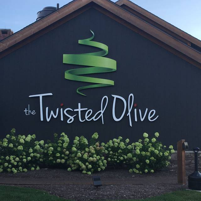 the twisted olive green oh - Olive Garden Canton Ohio