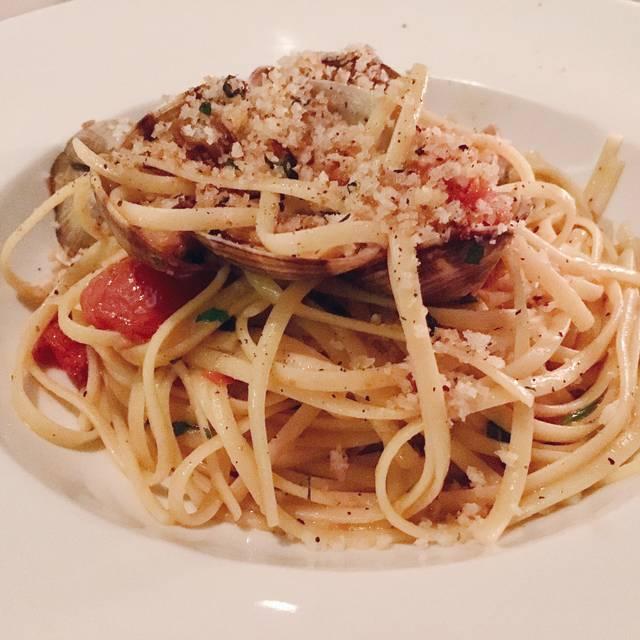 Italian Kitchen - Vancouver, Vancouver, BC