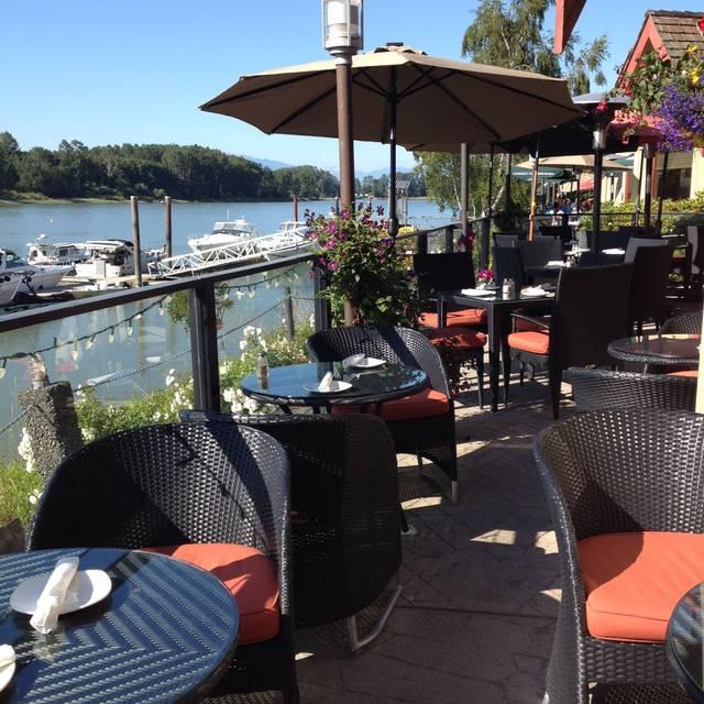 RiverHouse Restaurant, Delta, BC