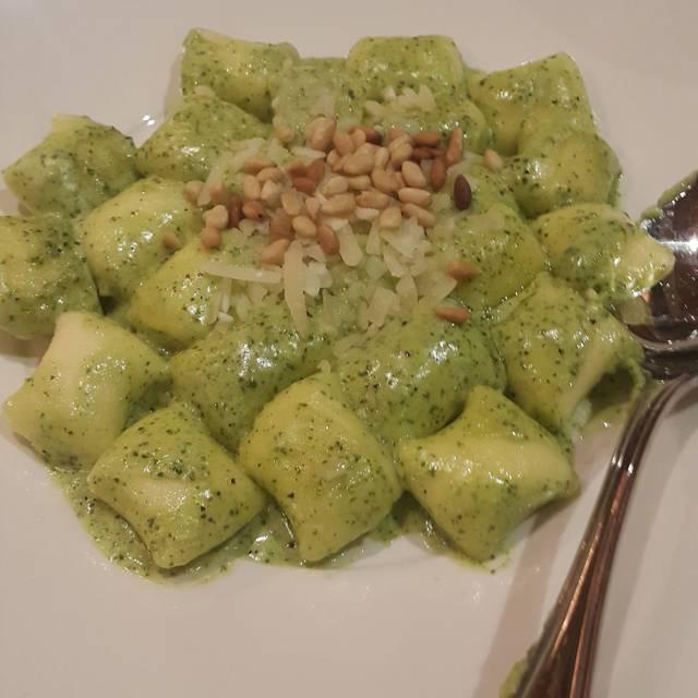 Pietro's Italian Restaurant, Lodi, CA