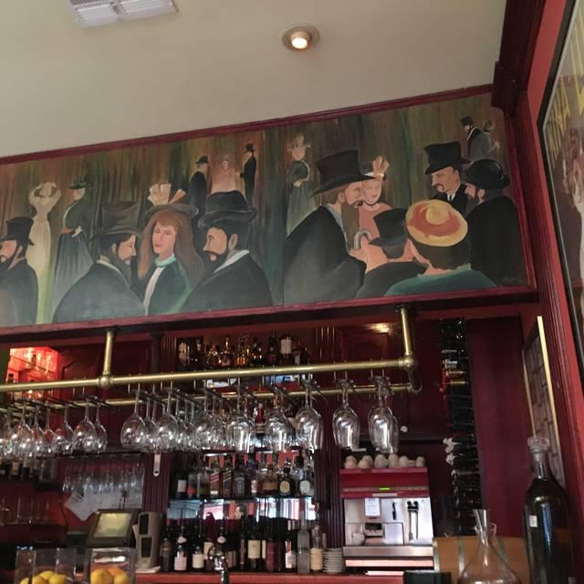 Le Petit Restaurant, Sherman Oaks, CA