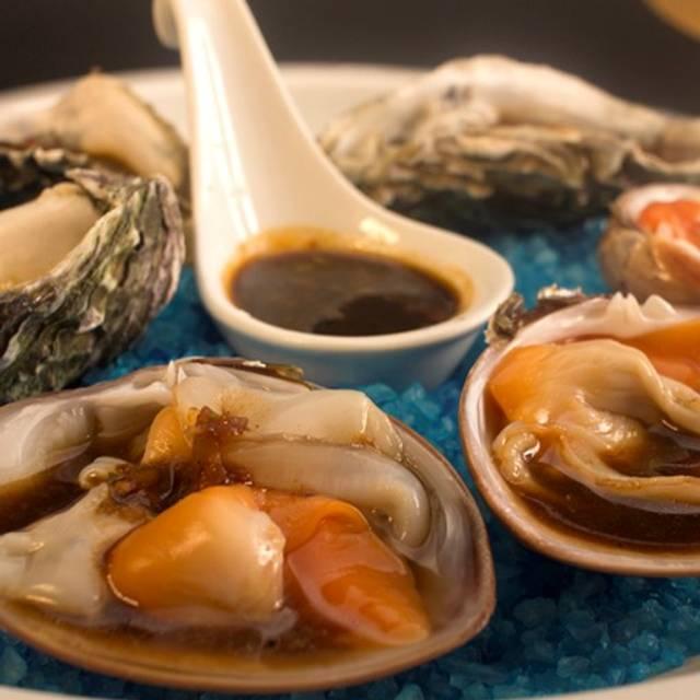 Ostiones - La Pulmonia - La Pulmonia Seafood & SteakHouse, Boca del Río, VER