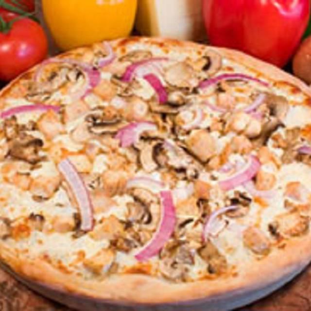Ameci Pizza Kitchen Restaurante - Encino, CA
