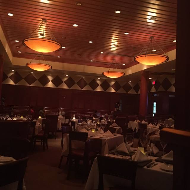 Fleming's Steakhouse - Atlanta, Atlanta, GA