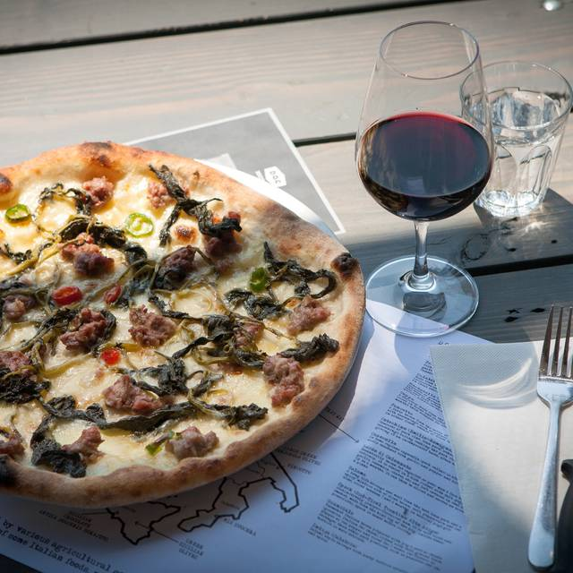 DOC Pizza & Mozzarella Bar - Mornington, Mornington, AU-VIC