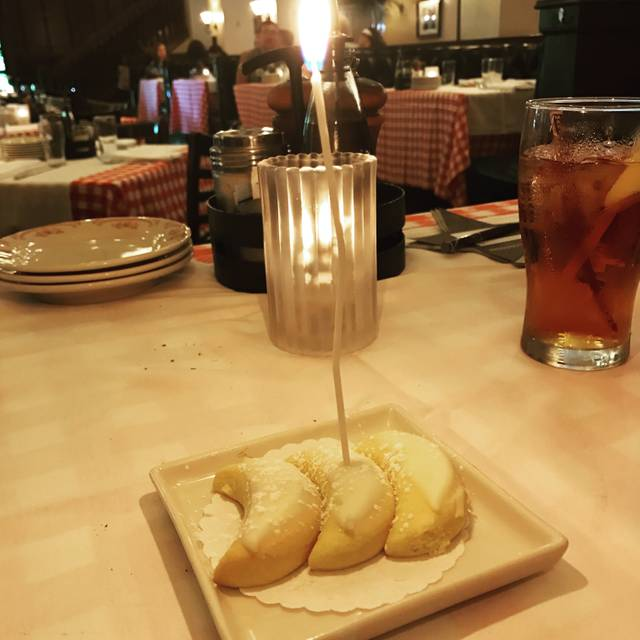 Maggiano's - King of Prussia, King of Prussia, PA