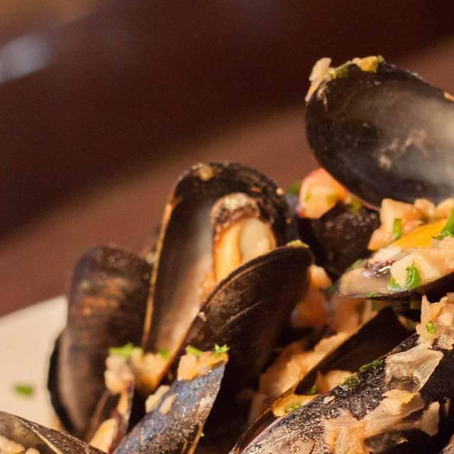 Lallisse Mediterranean Wine & Food, New York, NY
