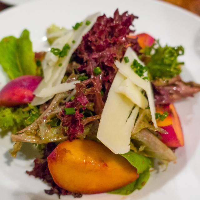 Farmstead Table Restaurant Union Street Newton Ma