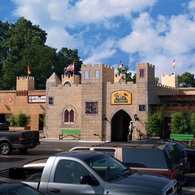 Kings Biergarten & Restaurant, Pearland, TX