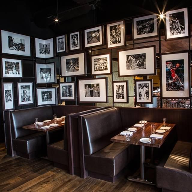 Michael Jordans Restaurant