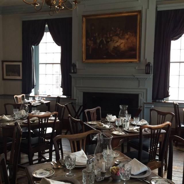 Gadsbys Tavern Restaurant