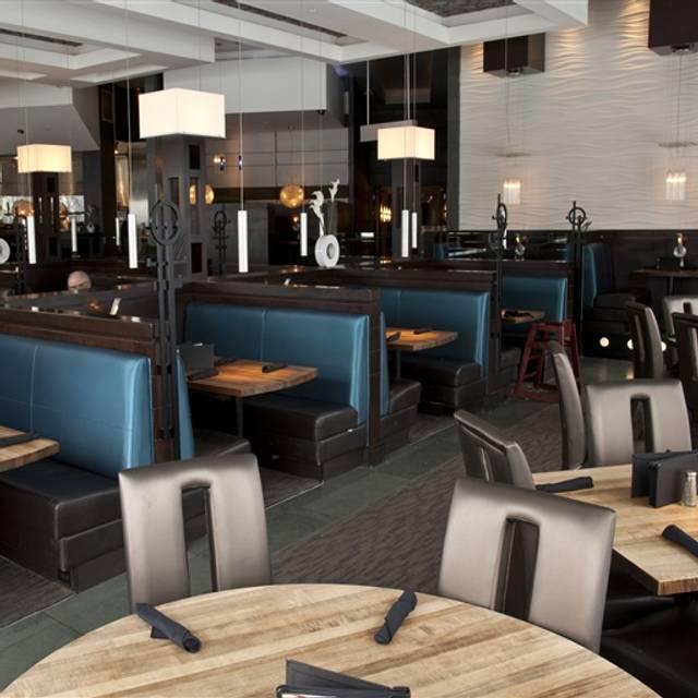 Moxie's Grill & Bar - Dixon Road, Etobicoke, ON