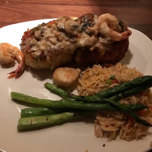 Landry's Seafood House - Orlando, Orlando, FL