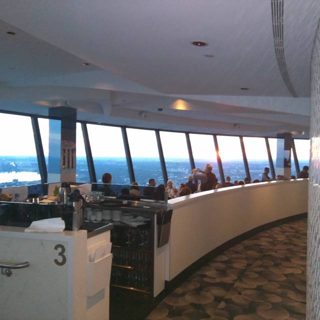 360 The Restaurant at the CN Tower, Toronto, ON