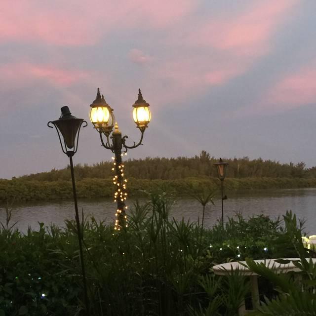 Ophelia's on the Bay, Sarasota, FL