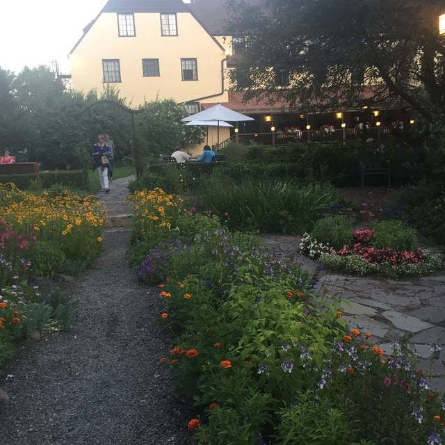The Settlers Inn, Hawley, PA