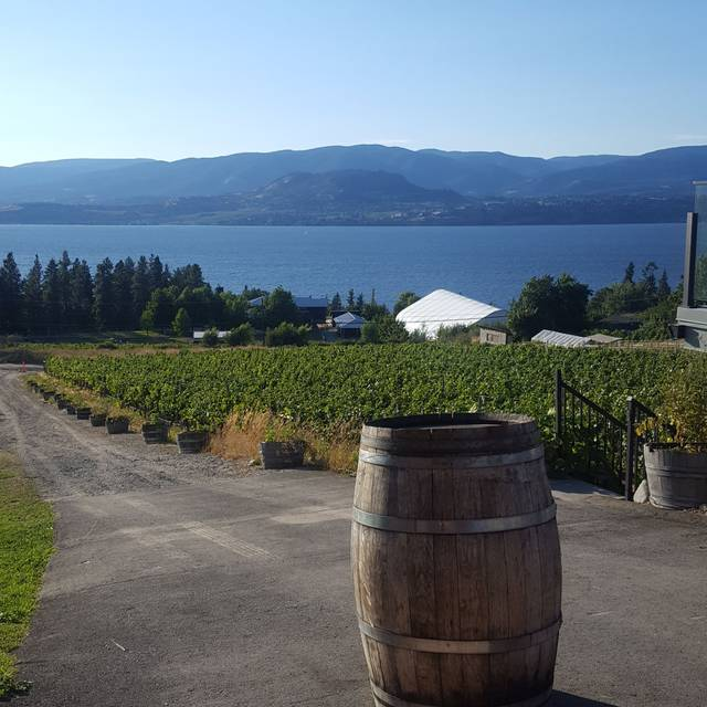 Summerhill Pyramid Winery - Sunset Bistro, Kelowna, BC