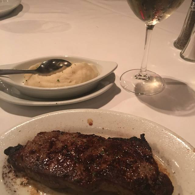 Ruth's Chris Steak House - Boston, Boston, MA