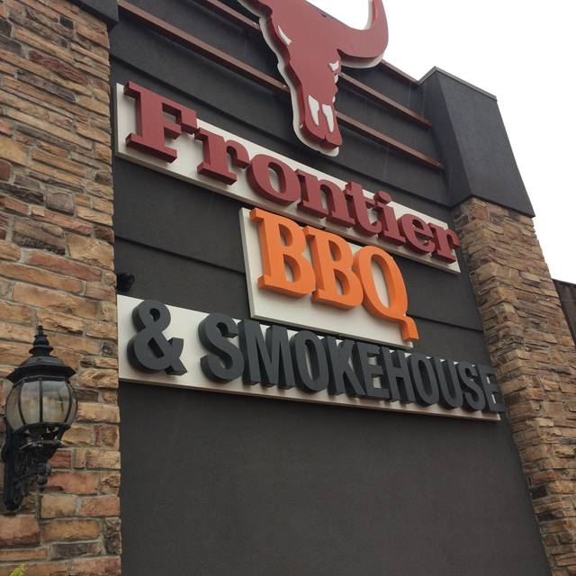 The Frontier BBQ and Smokehouse, Niagara Falls, ON