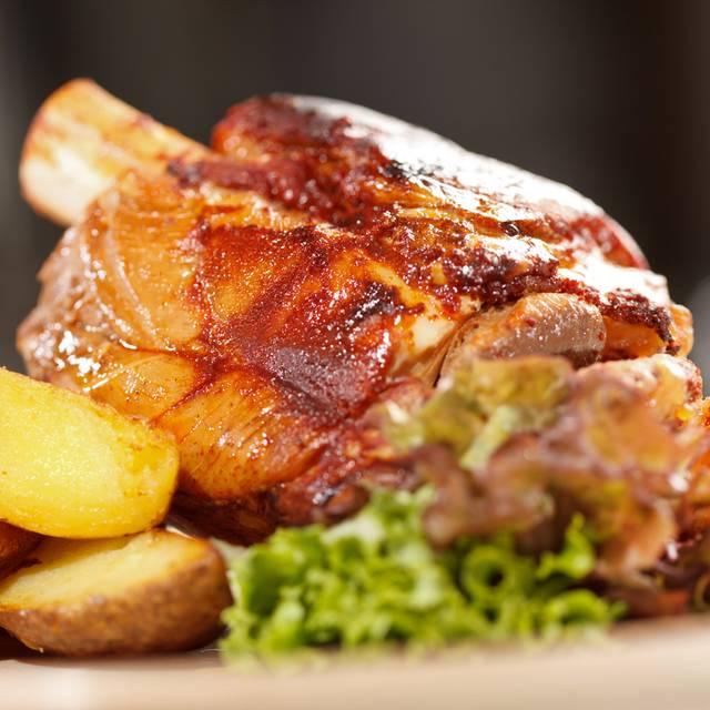 Salsa cuban restaurant lounge naples naples miami for Agave naples