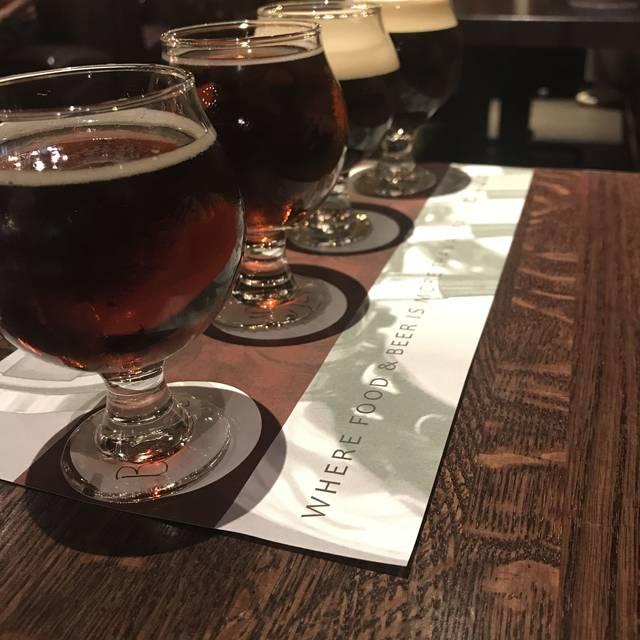 Granite City Food & Brewery - Schaumburg, Schaumburg, IL