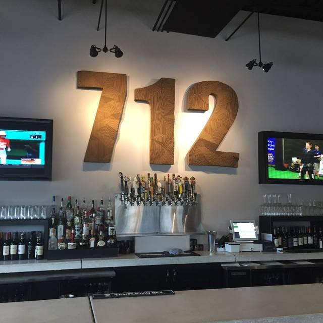 712 Eat + Drink, Council Bluffs, IA