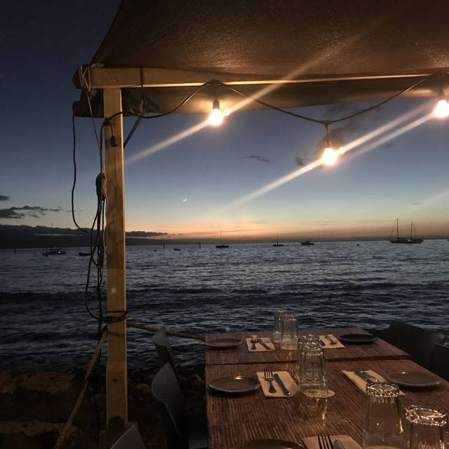 Honu Seafood and Pizza - Lahaina