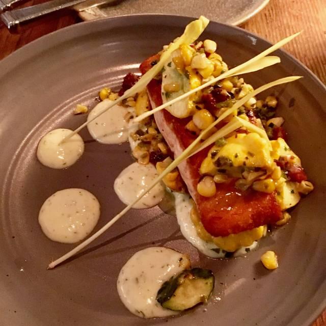 Finch & Fork: Corner Grill Cocktails, Santa Barbara, CA