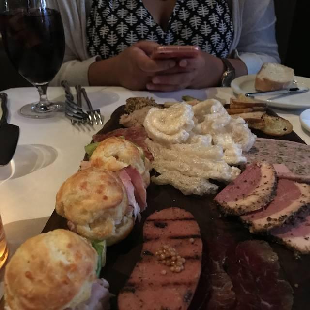 Lola - A Michael Symon Restaurant, Cleveland, OH