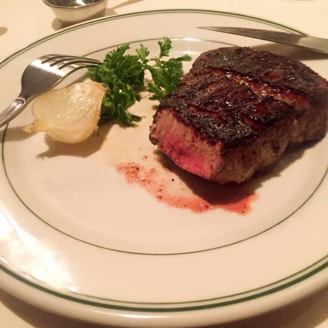Joe's Seafood, Prime Steak & Stone Crab, Chicago, IL