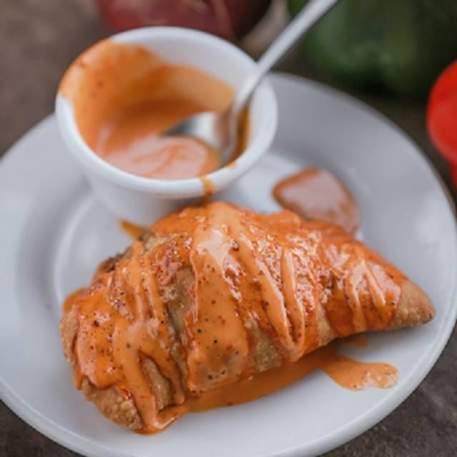 Empanada De Marlin Con Queso - La Mariskeña Centro Max, León, GUA